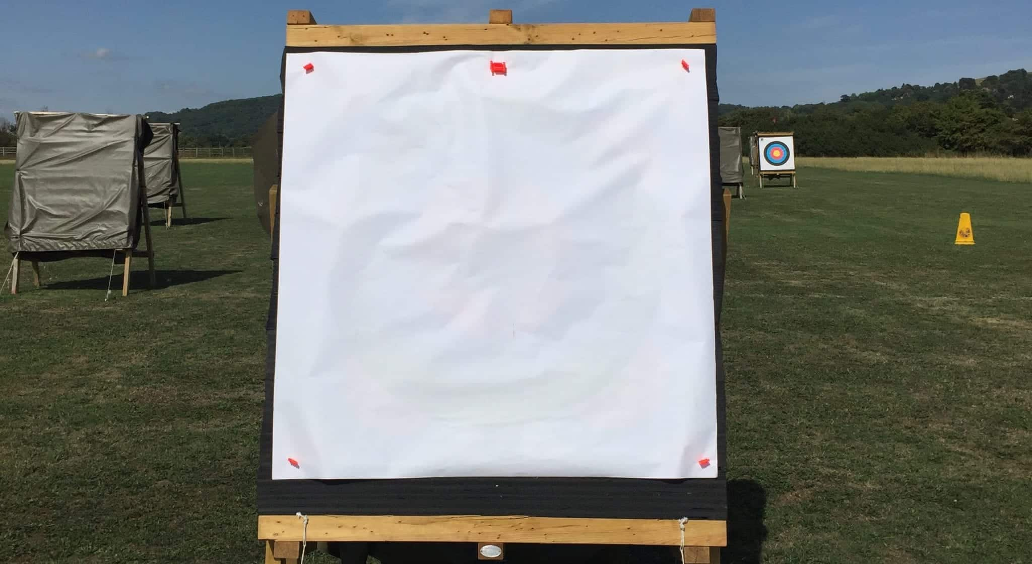 Archery target face set-up to see tuning and arrow flight