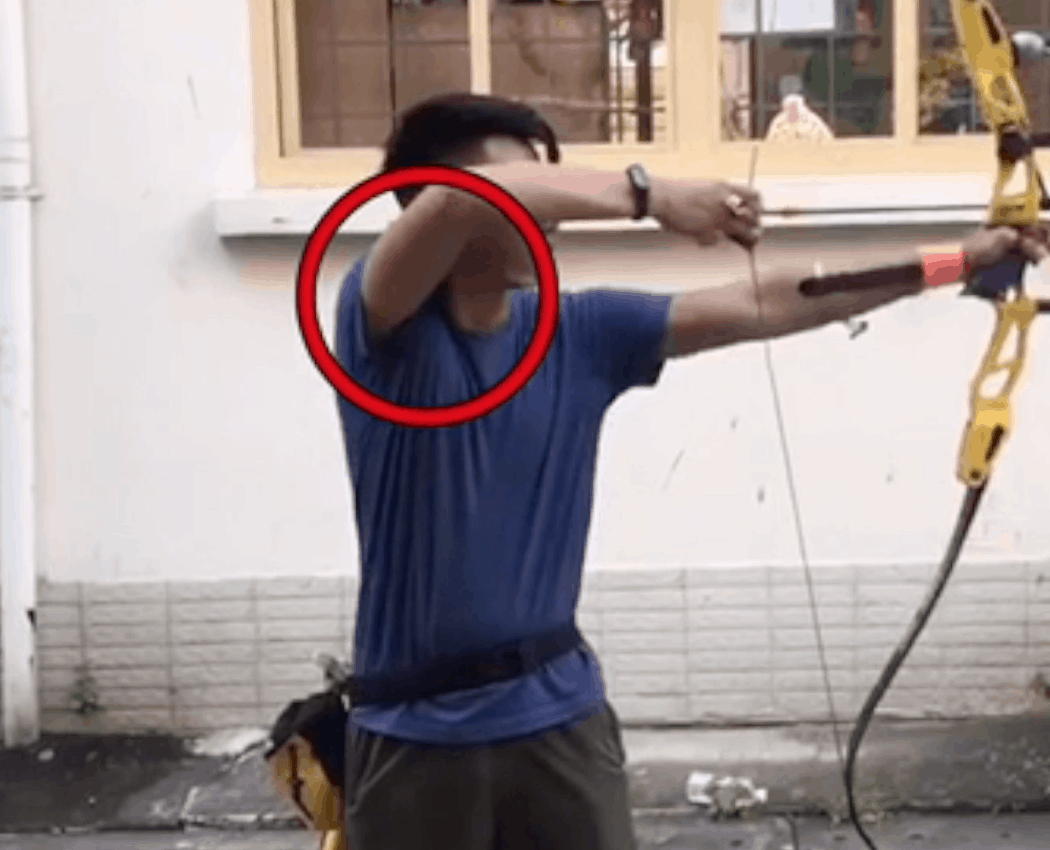high draw shoulder raising the bow